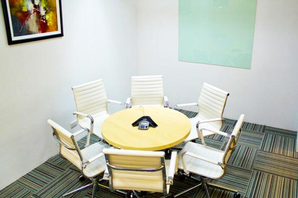 Office-Space-Sun-Life-Centre-1