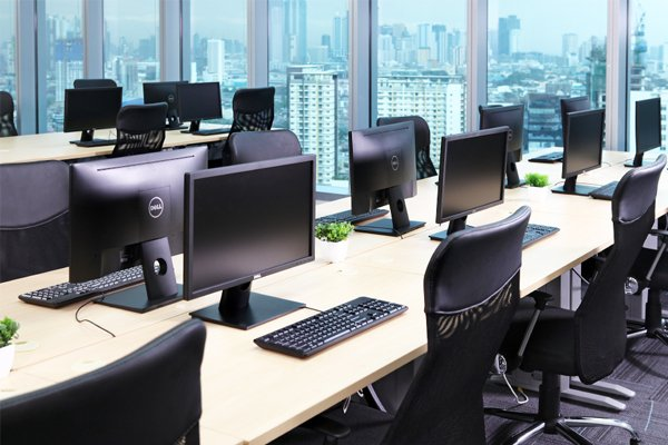 Office-Space-Uptown-Place-2-opt